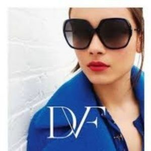 NWOT DVF Jayda Oversized Sunglasses